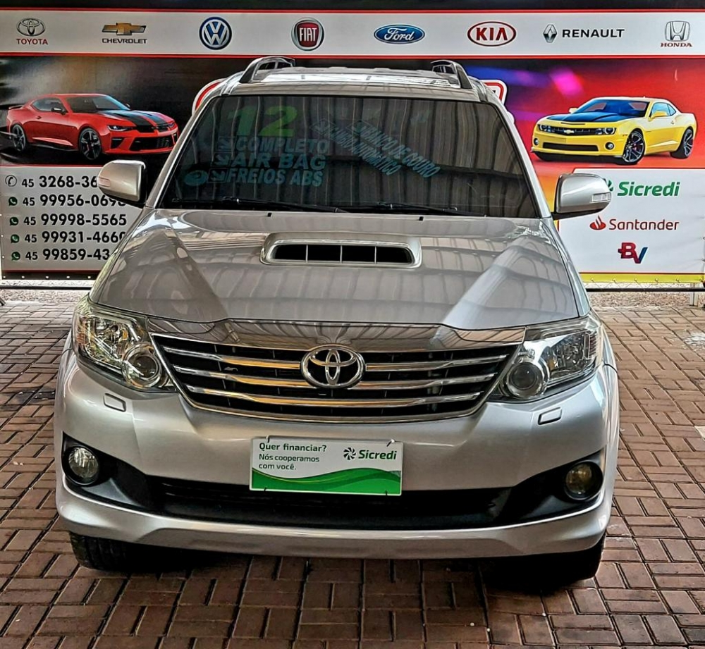 Hilux SW4 SRV Ano 2012-Diesel-7 Lugares