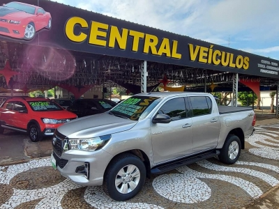 Hilux 2.8 Turbo 4X4 AT CD Ano 2020